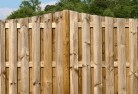 Arnold Timber fencing 3